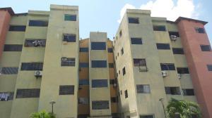Apartamento En Ventaen Municipio Los Guayos, Paraparal, Venezuela, VE RAH: 17-12793