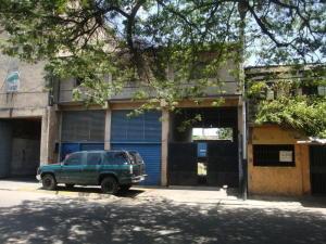 Local Comercial En Alquileren Maracay, Zona Industrial Piñonal Sur, Venezuela, VE RAH: 17-12772
