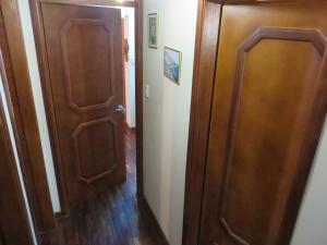 Apartamento En Venta En Caracas - El Marques Código FLEX: 17-13228 No.16