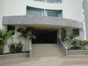 Apartamento En Alquileren Municipio Naguanagua, Maã±Ongo, Venezuela, VE RAH: 17-12951