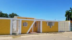 Casa En Ventaen Coro, Barrio San Jose, Venezuela, VE RAH: 17-12821