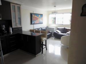 Apartamento En Venta En Caracas - Miravila Código FLEX: 17-12823 No.3