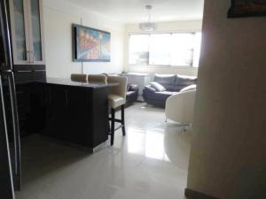 Apartamento En Venta En Caracas - Miravila Código FLEX: 17-12823 No.4