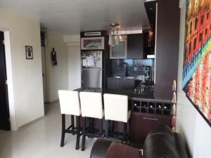 Apartamento En Venta En Caracas - Miravila Código FLEX: 17-12823 No.10