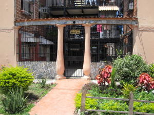 Apartamento En Ventaen Maracay, Los Samanes, Venezuela, VE RAH: 17-12829