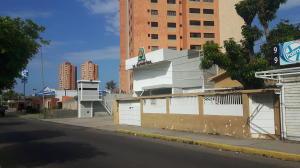Terreno En Ventaen Maracaibo, Avenida Bella Vista, Venezuela, VE RAH: 17-12840