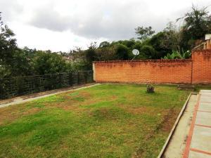 En Venta En Caracas - Alto Hatillo Código FLEX: 17-15594 No.17
