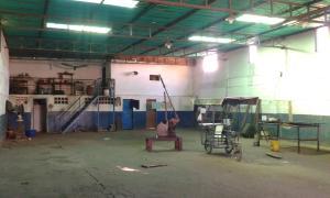 Galpon - Deposito En Alquileren Maracaibo, Zona Industrial Sur, Venezuela, VE RAH: 17-12883