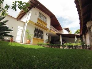 Casa En Ventaen Caracas, Colinas De La California, Venezuela, VE RAH: 17-12943