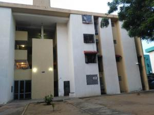Apartamento En Ventaen Maracaibo, Avenida Goajira, Venezuela, VE RAH: 17-12945