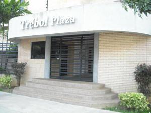 Apartamento En Ventaen Municipio Naguanagua, Maã±Ongo, Venezuela, VE RAH: 17-12970