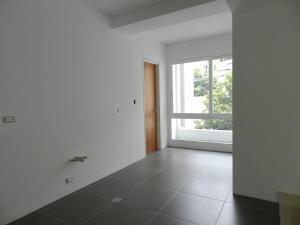 Apartamento En Venta En Caracas - Altamira Código FLEX: 16-6376 No.13