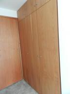 Apartamento En Venta En Caracas - Altamira Código FLEX: 16-6299 No.16