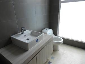Apartamento En Venta En Caracas - Altamira Código FLEX: 16-6299 No.14