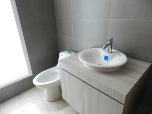 Apartamento En Venta En Caracas - Altamira Código FLEX: 16-6298 No.15