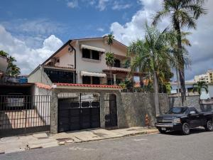 Casa En Ventaen Valencia, Terrazas De Los Nisperos, Venezuela, VE RAH: 17-12981