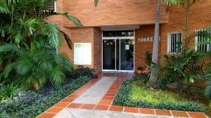 Apartamento En Alquileren Maracaibo, Avenida El Milagro, Venezuela, VE RAH: 17-12983
