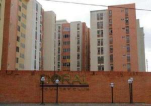 Apartamento En Ventaen Municipio Naguanagua, El Rincon, Venezuela, VE RAH: 17-13152