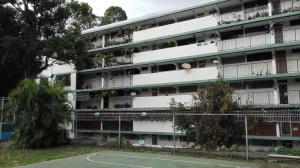 Apartamento En Ventaen Caracas, Caricuao, Venezuela, VE RAH: 17-13045