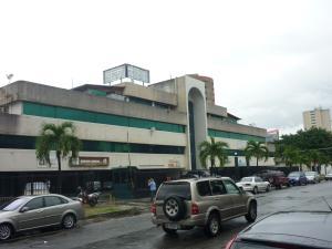 Local Comercial En Ventaen Valencia, San Jose De Tarbes, Venezuela, VE RAH: 17-13180