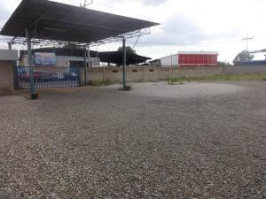 Galpon - Deposito En Alquileren Municipio San Francisco, Kilometro 4, Venezuela, VE RAH: 17-13035