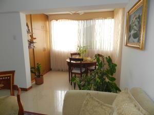 Apartamento En Venta En Caracas - Santa Rosa de Lima Código FLEX: 17-13244 No.7