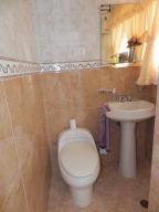 Apartamento En Venta En Caracas - Santa Rosa de Lima Código FLEX: 17-13244 No.13