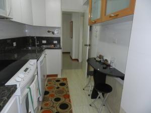 Apartamento En Venta En Caracas - Santa Rosa de Lima Código FLEX: 17-13244 No.16
