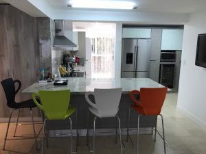 Apartamento En Venta En Caracas - Terrazas de Santa Ines Código FLEX: 17-13252 No.2