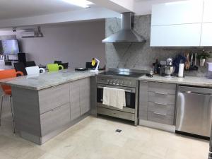 Apartamento En Venta En Caracas - Terrazas de Santa Ines Código FLEX: 17-13252 No.13