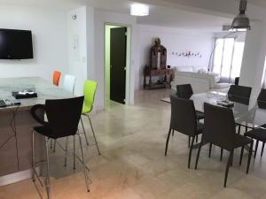 Apartamento En Venta En Caracas - Terrazas de Santa Ines Código FLEX: 17-13252 No.17
