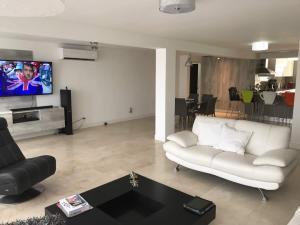 Apartamento En Venta En Caracas - Terrazas de Santa Ines Código FLEX: 17-13252 No.5