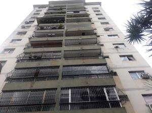 Apartamento En Ventaen Valencia, Lomas Del Este, Venezuela, VE RAH: 17-13141