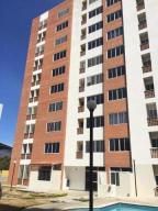 Apartamento En Ventaen Municipio Naguanagua, El Rincon, Venezuela, VE RAH: 17-13298