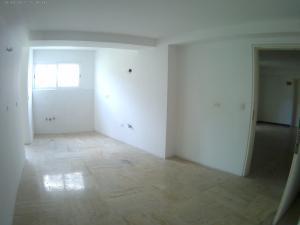 Apartamento En Venta En Caracas - Las Mercedes Código FLEX: 17-10110 No.6
