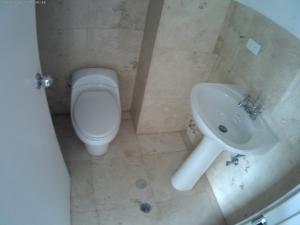 Apartamento En Venta En Caracas - Las Mercedes Código FLEX: 17-10110 No.17
