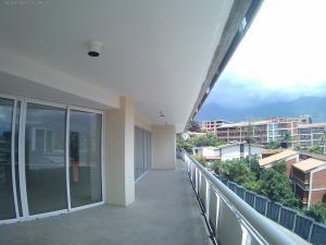 Apartamento En Venta En Caracas - Las Mercedes Código FLEX: 17-10113 No.5