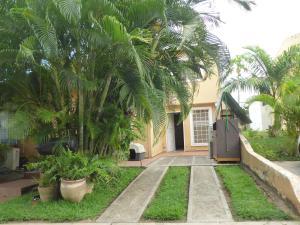 Casa En Ventaen Cabudare, Prados Del Golf, Venezuela, VE RAH: 17-13175