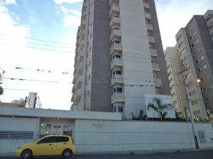 Apartamento En Ventaen Barquisimeto, Parroquia Concepcion, Venezuela, VE RAH: 17-13185