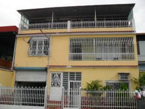 Casa En Ventaen Maracay, La Maracaya, Venezuela, VE RAH: 17-10233