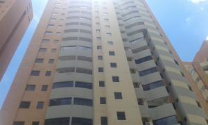Apartamento En Ventaen Valencia, La Trigaleña, Venezuela, VE RAH: 17-13215