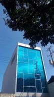Oficina En Ventaen Parroquia Maiquetia, Pariata, Venezuela, VE RAH: 17-13229