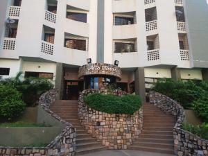 Apartamento En Ventaen Valencia, Las Chimeneas, Venezuela, VE RAH: 17-13239