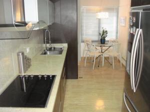 Apartamento En Venta En Caracas - El Cigarral Código FLEX: 17-13347 No.13