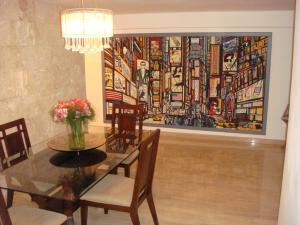 Apartamento En Venta En Caracas - El Cigarral Código FLEX: 17-13347 No.7