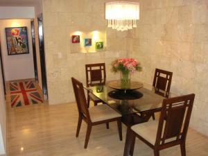 Apartamento En Venta En Caracas - El Cigarral Código FLEX: 17-13347 No.8