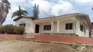 Casa En Ventaen Barquisimeto, Parroquia Santa Rosa, Venezuela, VE RAH: 17-13281