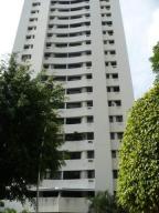 Apartamento En Ventaen Valencia, Valles De Camoruco, Venezuela, VE RAH: 17-13305