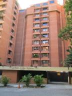 Apartamento En Venta En Caracas - Santa Fe Sur Código FLEX: 17-13329 No.0