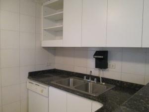 Apartamento En Venta En Caracas - Santa Fe Sur Código FLEX: 17-13329 No.5